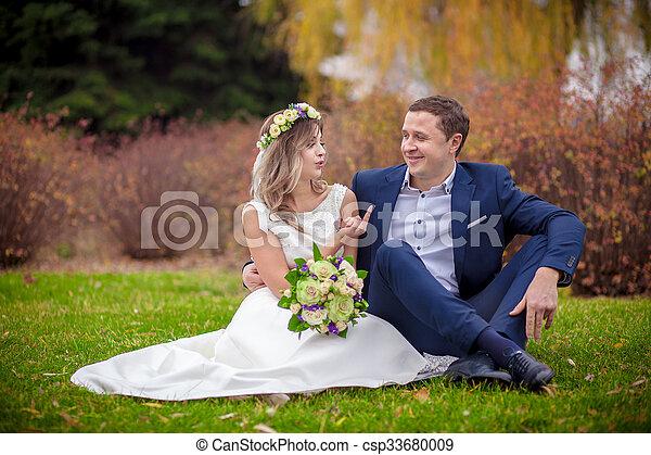 noiva, casório, noivo, ao ar livre - csp33680009