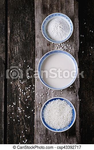 Non-dairy rice milk - csp43392717