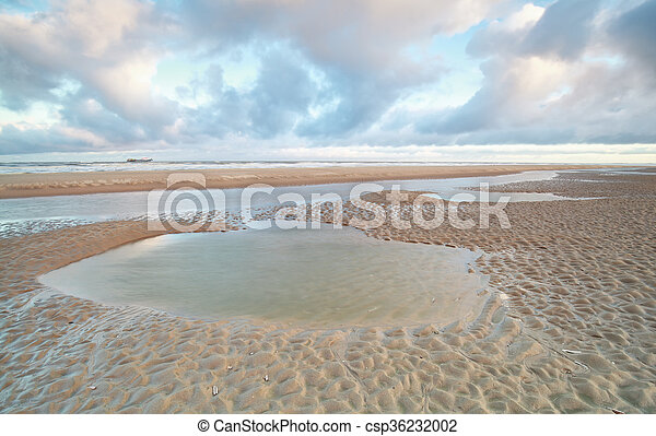 North sea beach at low tide - csp36232002