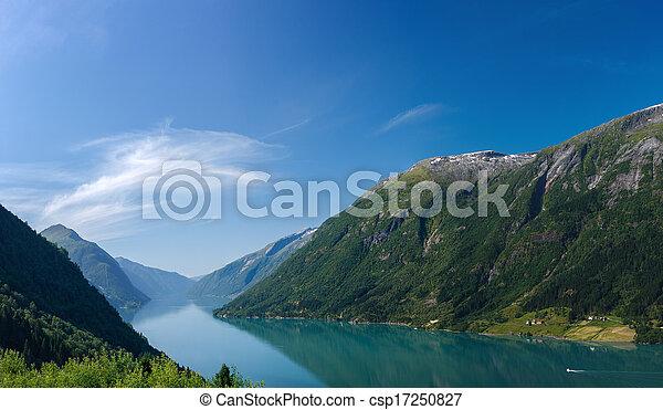 noruego, fiordo, montañas - csp17250827