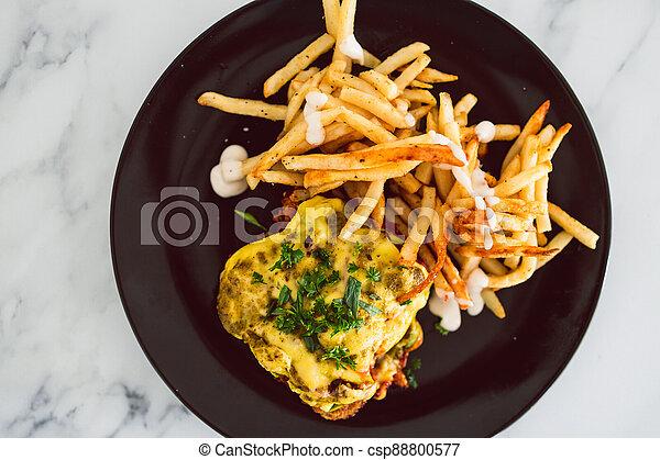nourriture, fromage, frites, schnitzel, parmigiana, vegan, dairy-free, plant-based - csp88800577