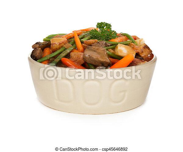 Nourriture Ragout Boeuf Fait Maison Chien Nourriture Frais Heaping Ragout Boeuf Fait Maison Carottes Haricots Canstock