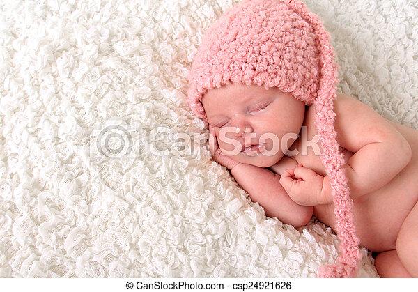 nouveau né, girl - csp24921626