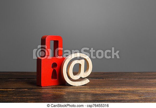 nsfw., conservation, intimité, protection, virus, sécurité, users., personnel, rouges, information, insurance., attack., données, antivirus, values., email, cadenas, secrets, symbole., hacher - csp76455316