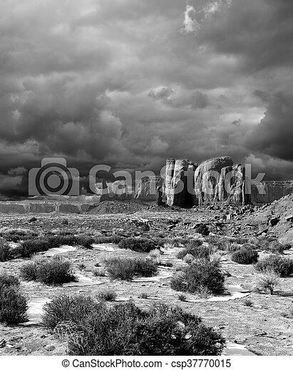 nuageux, noir, monument, blanc, vallée, cieux - csp37770015