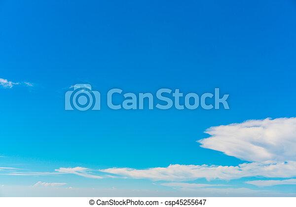 Nube en el cielo azul. - csp45255647