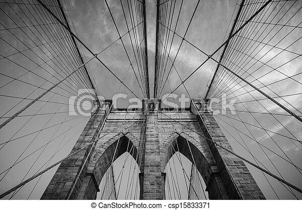 Puente de Brooklyn, Nueva York - csp15833371