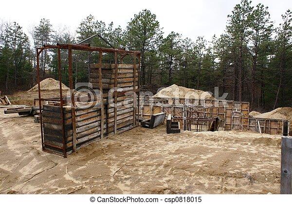 Nueva construcción casera. - csp0818015