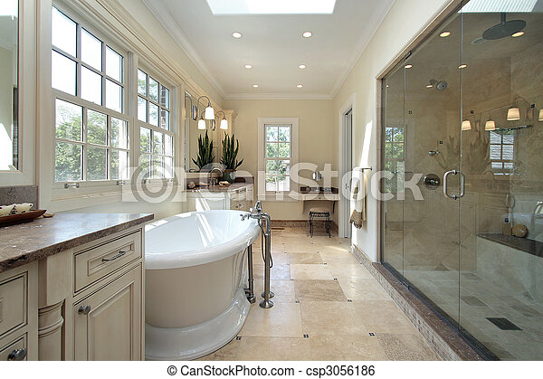 Baño principal en una nueva casa de construcción - csp3056186