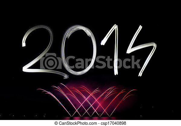 Año nuevo 2014 con fuegos artificiales - csp17040898