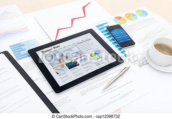 Negocios modernos con nuevas tecnologías - csp12398732