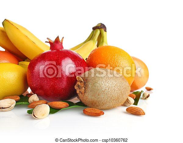 Los frutos secos siguen vivos - csp10360762