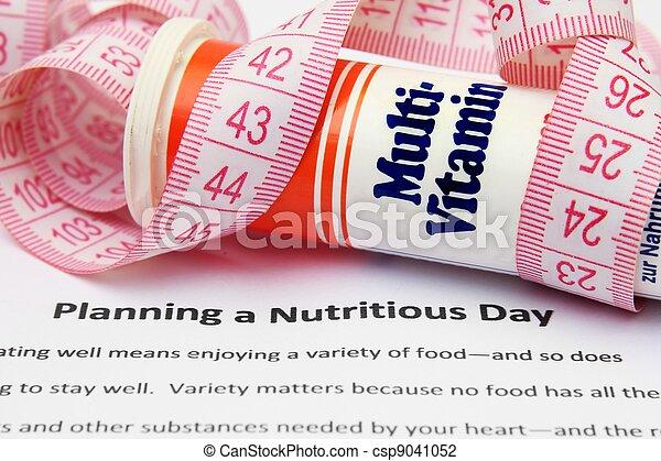 Planeando un día nutritivo - csp9041052