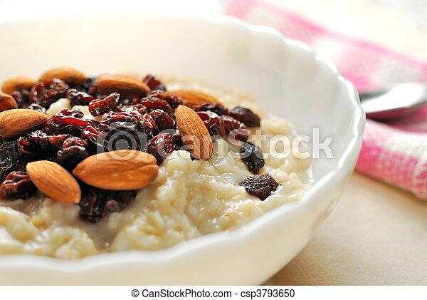 Armario de avena nutritiva - csp3793650