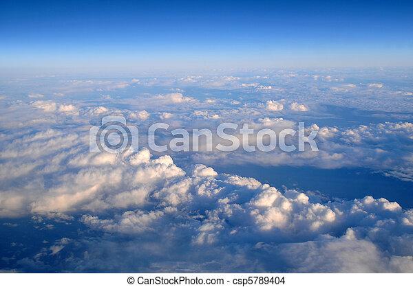 nuvens, acima - csp5789404