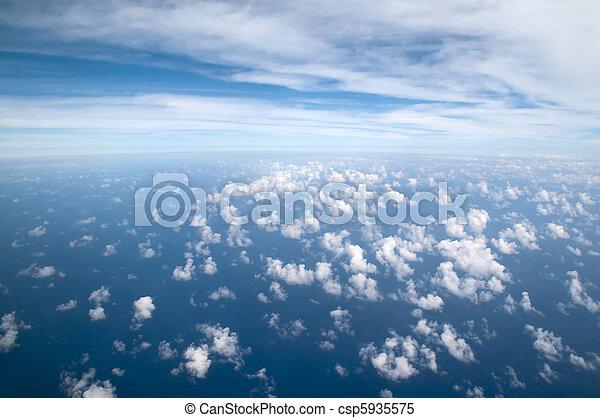 nuvens, acima - csp5935575