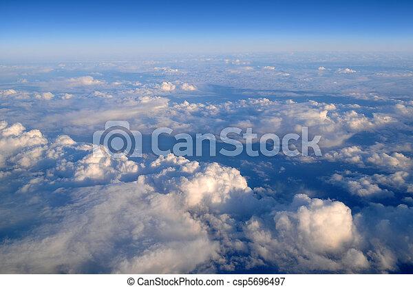 nuvens, acima - csp5696497