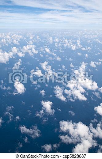 nuvens, acima - csp5828687