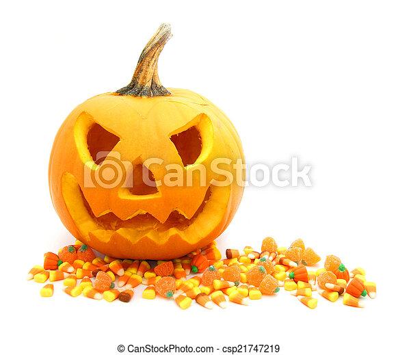 Jack o Linterna con dulces - csp21747219