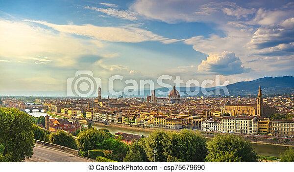o, ocaso, cityscape., florencia, italia, toscana, aéreo, firenze - csp75679690