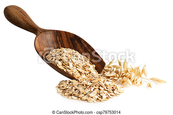 oat flakes in wooden scoop - csp79753014