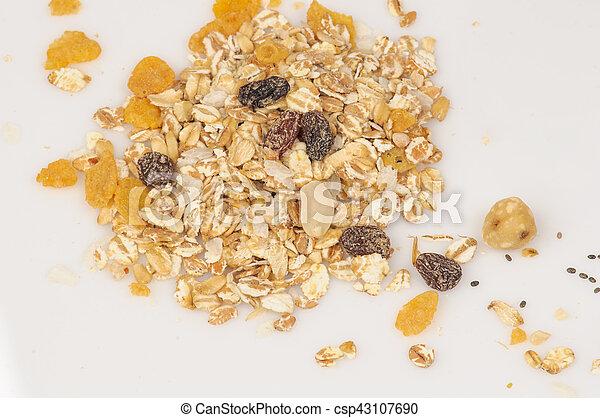 Oatmeal and raisins - csp43107690