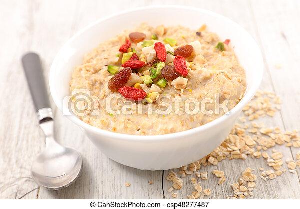 oatmeal porridge - csp48277487