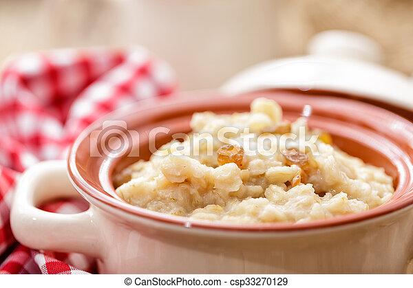 oatmeal - csp33270129