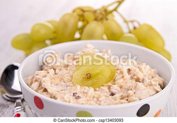 oatmeal with grapes - csp13403093