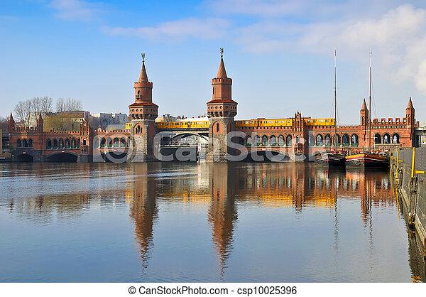 oberbaum bridge berlin - csp10025396