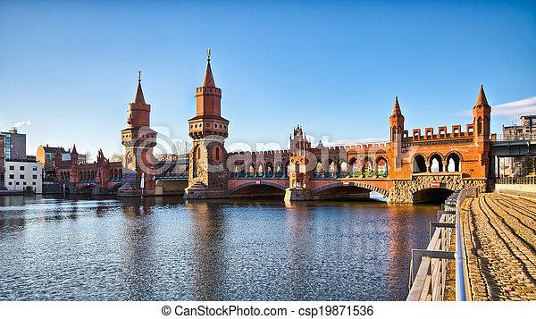 Oberbaum bridge in Belin - Germany - csp19871536