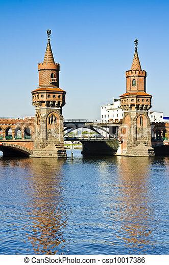 Oberbaum bridge in Berlin - csp10017386