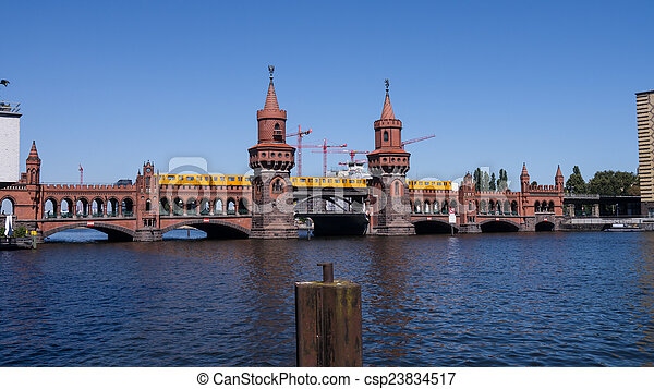 oberbaumbruecke - csp23834517