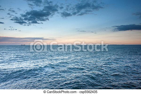 oceânicos, pôr do sol, ondas - csp5562435