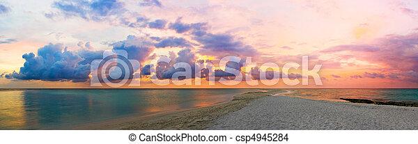 ocean, plaża, zachód słońca - csp4945284