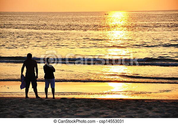 Ocean sunset - csp14553031