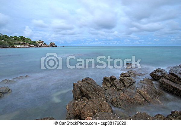 ocean waves crashing rocks - csp38176020