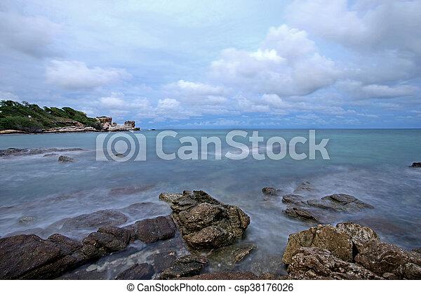 ocean waves crashing rocks - csp38176026