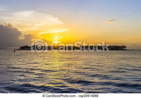 Sunset en Key West - csp30914688