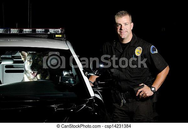 officiers, k9 - csp14231384