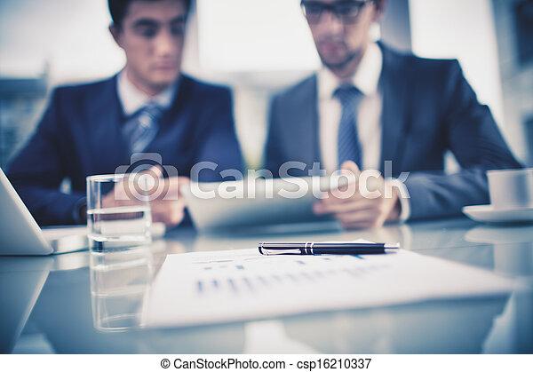 oggetti, affari - csp16210337