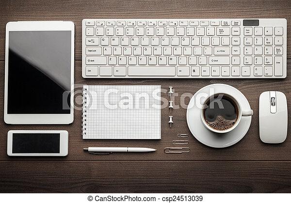Oggetti alto ordine ufficio essenziale ufficio legno for Oggetti ufficio