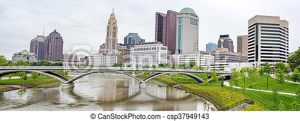 Skyline von Columbus Ohio - csp37949143