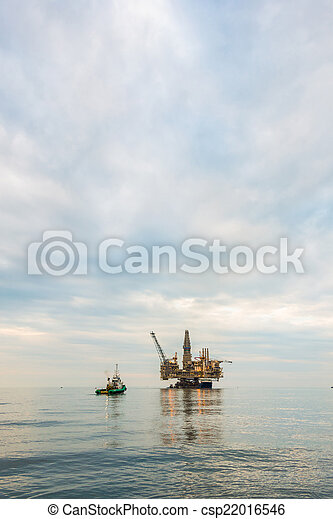 Oil rig platform in the calm sea - csp22016546