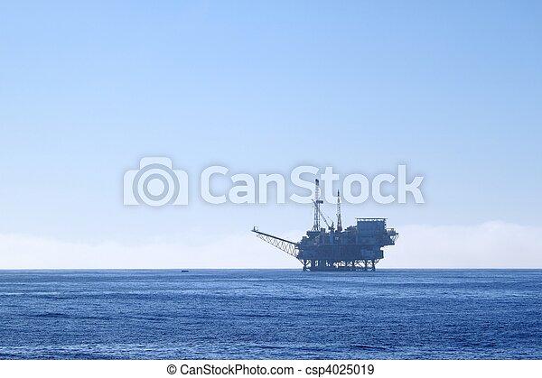 oil rig - csp4025019