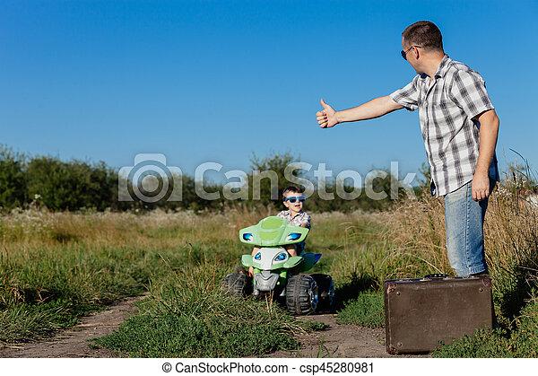 ojciec, dzień, time., syn, interpretacja, droga - csp45280981