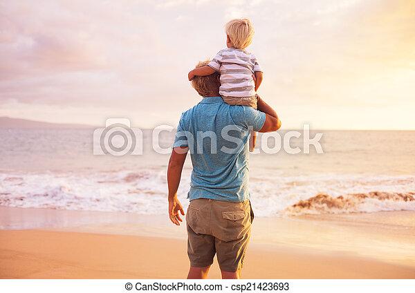 ojciec, syn - csp21423693