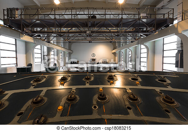 old abandoned industrial building empty interior - csp18083215
