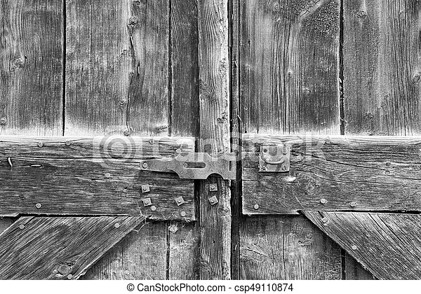 Old Barn Doors With Lock In Black And White