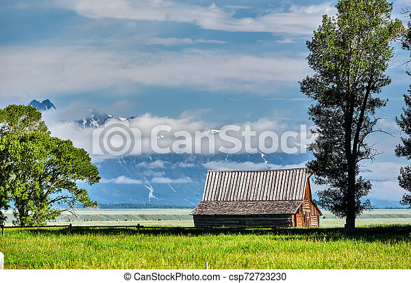 Old barn in Grand Teton Mountains - csp72723230